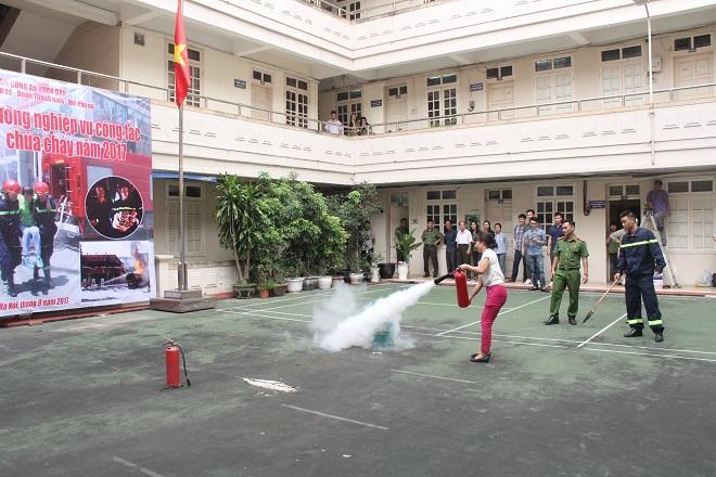 Báo CAND tập huấn phòng cháy chữa cháy cho cán bộ, chiến sĩ - Ảnh minh hoạ 6