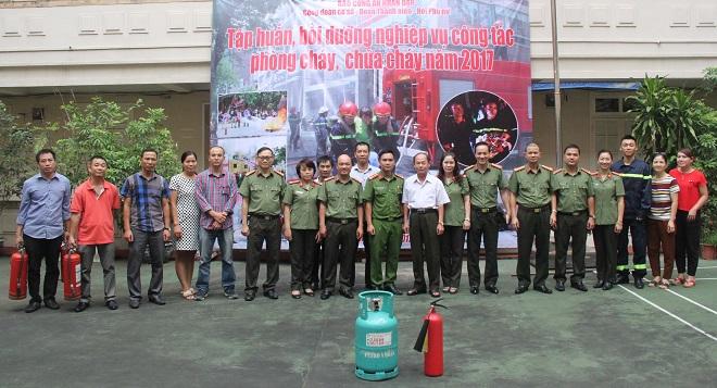 Báo CAND tập huấn phòng cháy chữa cháy cho cán bộ, chiến sĩ - Ảnh minh hoạ 13