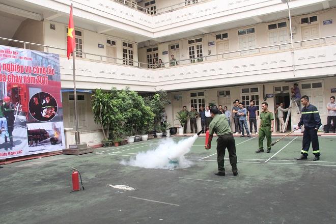 Báo CAND tập huấn phòng cháy chữa cháy cho cán bộ, chiến sĩ - Ảnh minh hoạ 8
