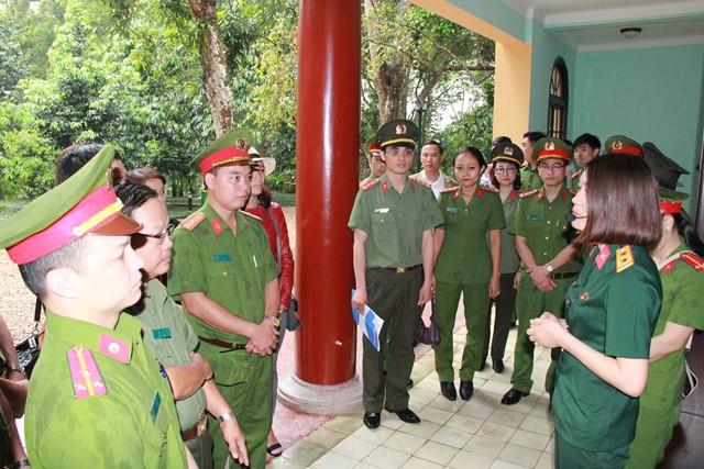 Công đoàn Tổng cục Chính trị CAND báo công dâng Bác tại Khu di tích K9 - Ảnh minh hoạ 2