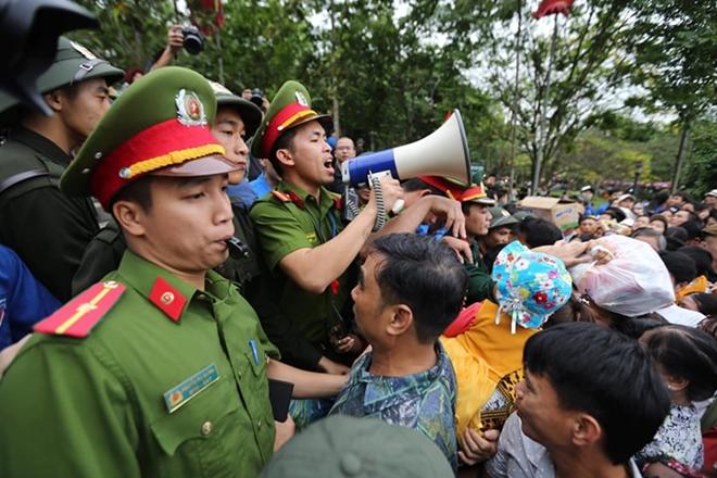 Lực lượng Công an bảo đảm an toàn tuyệt đối cho lễ giỗ Tổ Hùng Vương - Ảnh minh hoạ 7