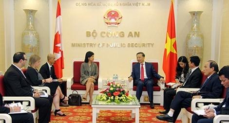 Bộ trưởng Tô Lâm tiếp khách quốc tế