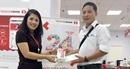 """Ngân hàng Techcombank trao thưởng chương trình """"Gửi tiết kiệm săn táo đỏ, lái xe sang"""""""