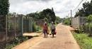 Trẻ em, người già cũng bị vận động đóng tiền xây dựng nông thôn mới