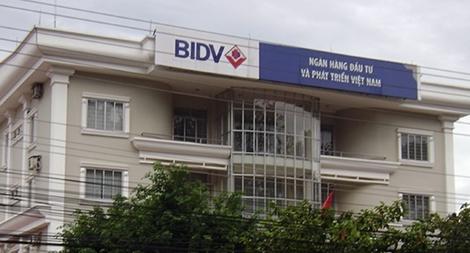 Nhân viên Ngân hàng BIDV ngăn chặn 3 vụ giả danh cán bộ để lừa đảo  qua mạng