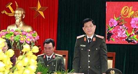 Lãnh đạo Bộ Công an kiểm tra công tác tại Công an quận Hai Bà Trưng