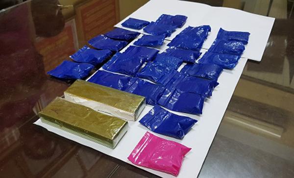 Số lượng ma túy lớn được cất giấu tinh vi mang đi tiêu thụ