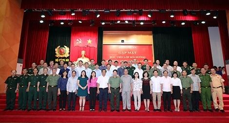 Bộ Công an gặp mặt học viên Lớp Bồi dưỡng kiến thức QPAN Khóa 71