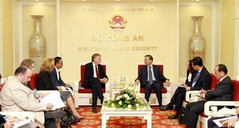 Việt Nam – EU thúc đẩy thông qua EVFTA