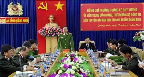 Thứ trưởng Lê Quý Vương kiểm tra công tác tại Công an Quảng Ninh