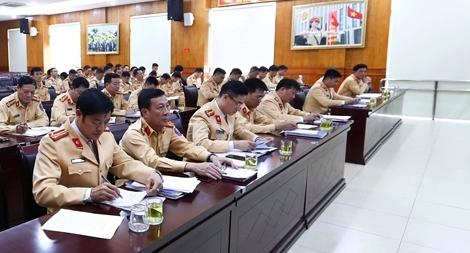 Hà Nội lập nhiều tổ công tác xử lý lỗi không đội mũ bảo hiểm