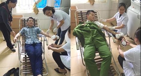 2 cán bộ Công an huyện Cẩm Thủy hiến máu cứu người
