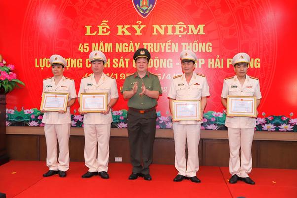 Công an TP Hải Phòng kỷ niệm 45 năm Ngày truyền thống lực lượng Cảnh sát cơ động - Ảnh minh hoạ 4