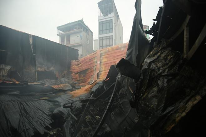 Hiện trường vụ cháy khiến 8 người thiệt mạng.