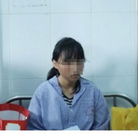 Nữ sinh H.Y ở trường THCS Phù Ủng (Hưng Yên) sau khi bị hành hung phải điều trị tại bệnh viện Tâm thần Hưng Yên.