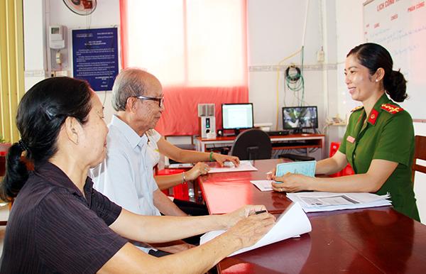 Nữ Phó trưởng Công an phường có nhiều sáng kiến hay trong công tác đảm bảo an ninh, trật tự