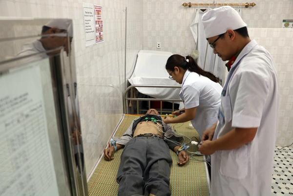 Khám, cấp thuốc miễn phí cho các đối tượng chính sách xã Hà Phú, Thanh Hóa - Ảnh minh hoạ 6