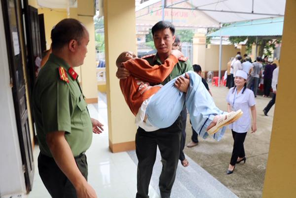Khám, cấp thuốc miễn phí cho các đối tượng chính sách xã Hà Phú, Thanh Hóa - Ảnh minh hoạ 4