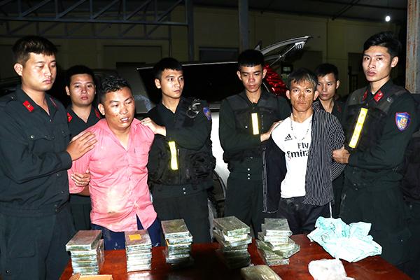 Khen thưởng Ban chuyên án triệt phá đường dây vận chuyển 30 bánh heroin - Ảnh minh hoạ 4