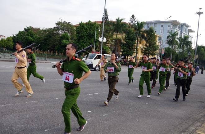 Công an tỉnh Hưng Yên tổ chức Giải chạy vũ trang – việt dã năm 2019 - Ảnh minh hoạ 3