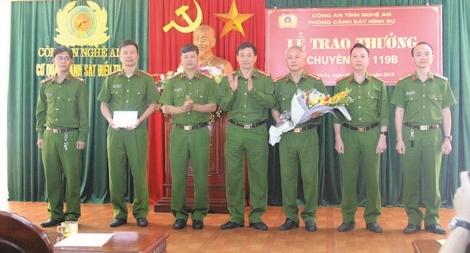 Lính hình sự giữ bình yên quê Bác