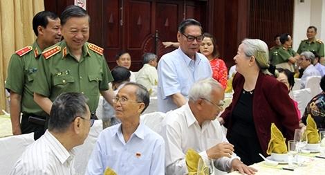 Bộ Công an gặp mặt, chúc tết các đồng chí cán bộ cao cấp