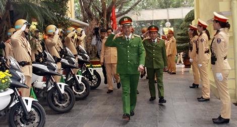 Thứ trưởng Nguyễn Duy Ngọc kiểm tra công tác ứng trực của CSGT Thủ đô
