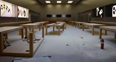 Biểu tình ở Mỹ, hàng loạt cửa hàng Apple bị cướp phá