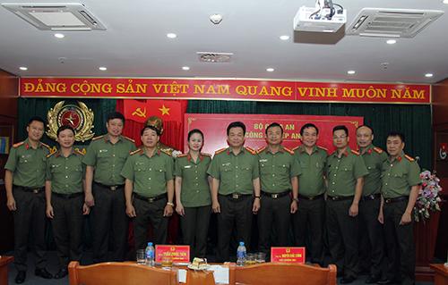 Công nghiệp an ninh phục vụ hiệu quả công tác, chiến đấu của lực lượng CAND - Ảnh minh hoạ 4