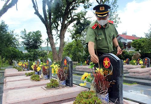 Quán triệt Nghị quyết Đảng bộ CA Điện Biên đến từng Đảng bộ, chi bộ - Ảnh minh hoạ 5