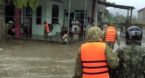 Chủ động khắc phục hậu quả mưa lũ và ứng phó với bão Goni