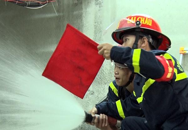 Diễn tập phương án chữa cháy, cứu nạn, cứu hộ tại Nhà máy thủy điện Lai Châu - Ảnh minh hoạ 5