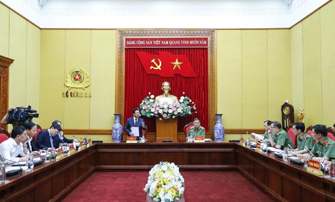 Đề xuất chính thức giao quyền đào tạo và xác nhận trình độ cao cấp lý luận chính trị lâu dài đối với Bộ Công an