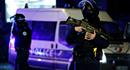 Pháp cảnh báo an ninh mức cao nhất sau khi kẻ xả súng bỏ trốn