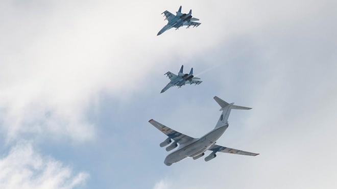 Nga đã quyết định điều động thêm máy bay chiến đấu đồn trú lâu dài trên Bán đảo Crimea. Ảnh: Reuters