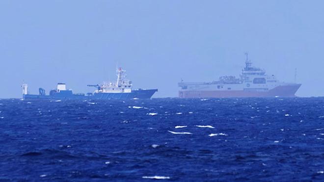 Trung Quốc chiếm đóng và quân sự hoá các đảo đá, đe doạ hoà bình trên Biển Đông