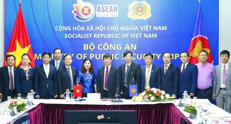 Củng cố quan hệ hợp tác ASEAN trong đấu tranh phòng, chống tội phạm xuyên quốc gia