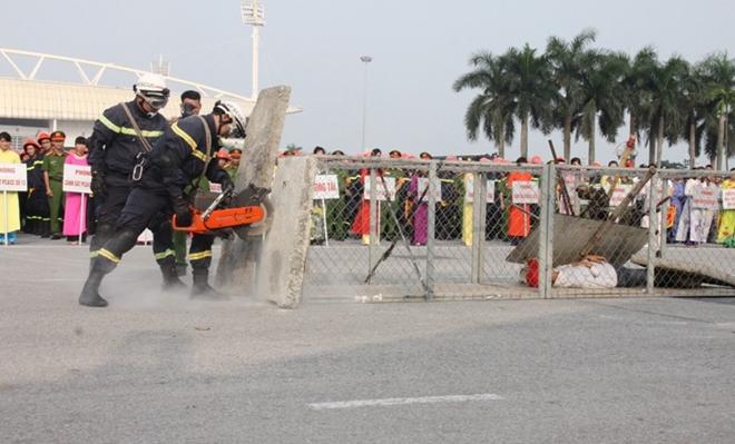 Hội thao nghiệp vụ chữa cháy, cứu nạn cứu hộ lực lượng PCCC Thủ đô