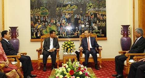 Thắt chặt tình hữu nghị Việt Nam – Lào