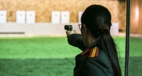 """Các thiện xạ Cảnh vệ CAND phô diễn kĩ năng bắn súng """"bách phát, bách trúng"""" 1"""