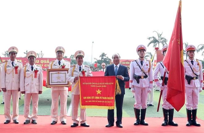 Học viện Cảnh sát kỷ niệm 50 năm ngày thành lập và đón nhận danh hiệu Anh hùng - Ảnh minh hoạ 6