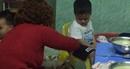 (SỐC) Phẫn nộ, rớt nước mắt cảnh bảo mẫu hành hạ trẻ em ở Đà Nẵng