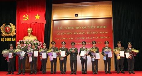 Công bố Quyết định về tổ chức bộ máy, tổ chức đảng của Văn phòng Bộ Công an