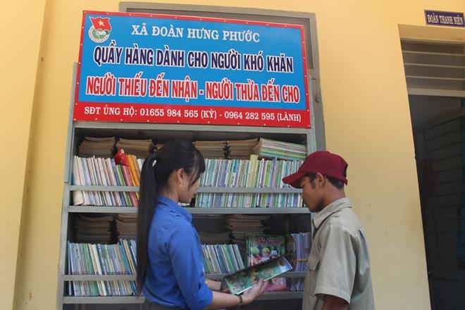 Quầy hàng cũ miễn phí, đậm tình người nghèo vùng giáp biên Bình Phước - Ảnh minh hoạ 3