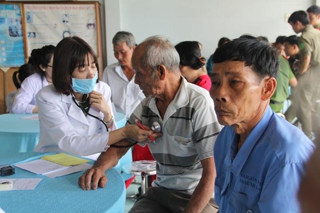 Khám bệnh, phát thuốc miễn phí cho người nghèo ở Tây Ninh - Ảnh minh hoạ 2