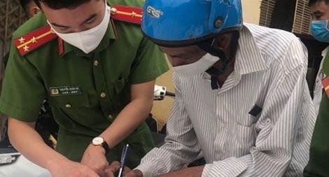 Tây Ninh xử phạt 7 người không đeo khẩu trang nơi công cộng