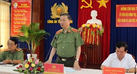 Bộ trưởng Tô Lâm kiểm tra, chỉ đạo công tác tại Công an tỉnh Trà Vinh