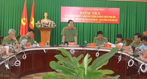 Thứ trưởng Nguyễn Văn Thành kiểm tra công tác tại Đồng Tháp