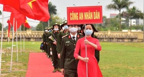 Hơn 1.000 công dân Thủ đô lên đường thực hiện nghĩa vụ CAND