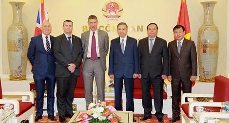 Việt Nam và Vương quốc Anh tăng cường hơn nữa mối quan hệ Đối tác chiến lược